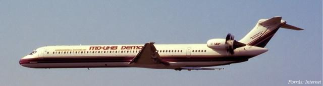 MD-81_N980DC_GE36_UDF (2)
