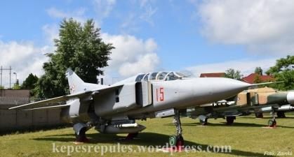 MiG_23_01